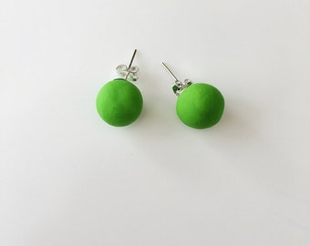 Green Stud Earrings, Round Earrings, Geometric Earrings, Chunky Earrings, Minimalist Earrings, Polymer Clay, Stud Earrings, Boho Earrings