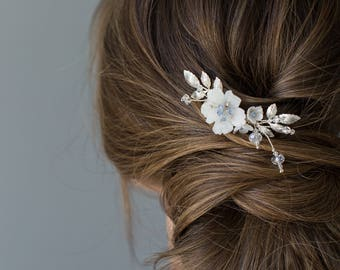 Bridal Hair Comb, Silver Wedding Hair Comb, Crystal Hair Comb, Floral Headpiece, Beaded Headpiece