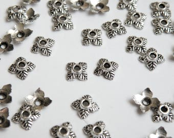 50 Bead caps 4 leaves antique silver 5x5mm DB00468