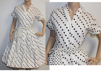 Vintage 1950s Haymaker black & white polka dot shirtwaist dress small 223