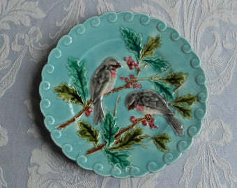 Antique Barbotine plate, Holly berries birds vintage French Sarreguemines 1900's floral turquoise Majolica authentic collection country chic