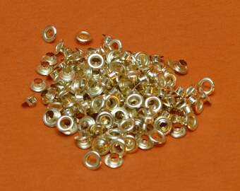 200 4mm Brass Effect Eyelets For Eyelet Pliers. Free UK Postage.