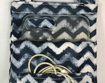 Cell phone pouch/ carrier