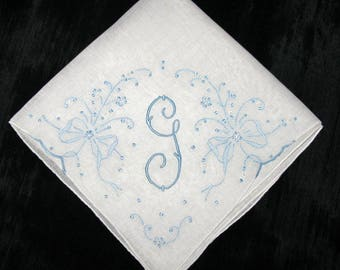 Engagement gift for bride, hankie initial, bridal handkerchief, wedding hankerchief, G F D H M A K S N or R