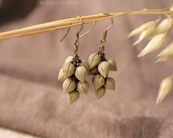 Autumn earrings fall Cluster earrings Beige earrings Rustic earrings nature earrings botanical dangle earrings plant earrings bud