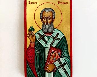 Saint Patrick small icon, St Patrick with shamrock, baptism gift, Godfather Gift