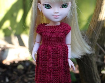 Cranberry Red, hand knitted dress for Makie Doll