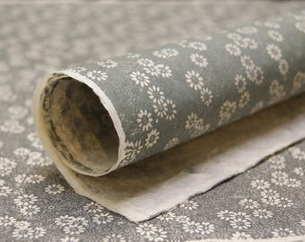 White Daisy Grey Flower pattern handmade Wrapping Paper gift wrap 3 sheets floral print