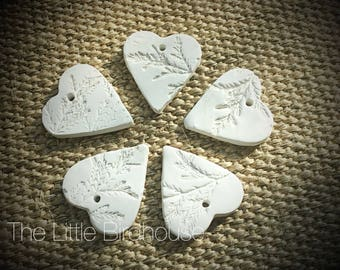 Small clay hearts