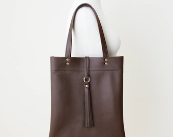 Brown Leather Tote, Dark Brown Everyday Bag, Minimal Leather Tote with Tassel, Brown Leather Bag, Leather Laptop Tote, Tote with Top Zipper