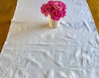 Vintage small white embroidered tablecloth/table runner.