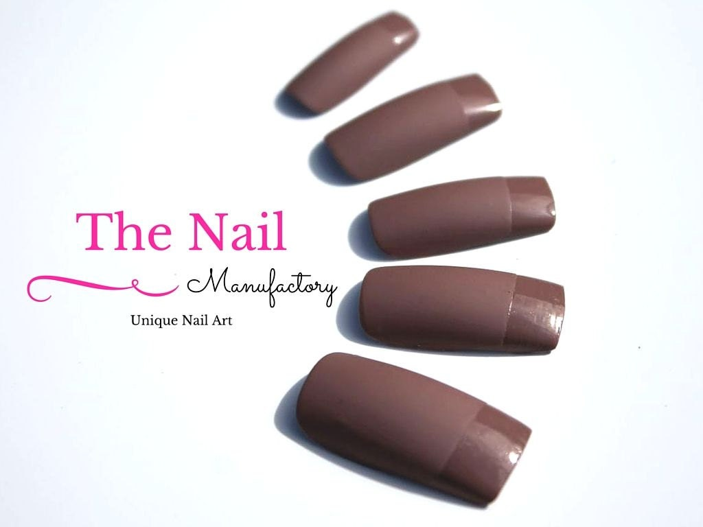 Matte Chocolate Brown Fake Nails -Matte Brown Nails with glossy Tips ...