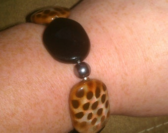 Vintage Brown and Black Beaded Stretch Bracelet