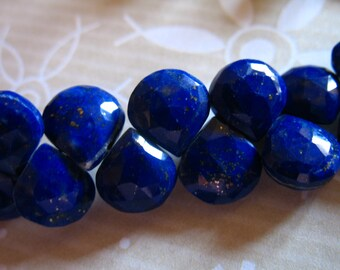 LAPIS LAZULI Heart Briolettes / Luxe AAA / 9-10.5 mm / Dark Navy Blue / pyrite inclusions / 4 - 8 pieces / September birthstone 910