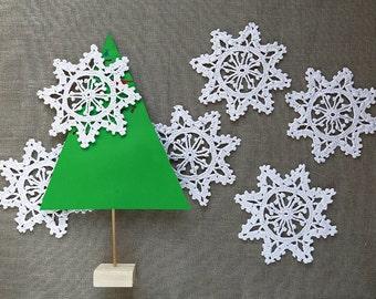 Snowflake decorations, Crochet Snowflakes, Christmas ornaments, Winter Decoration, Christmas Tree Decoration, Christmas Decoration