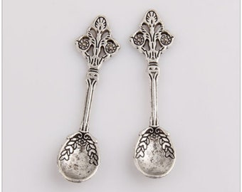 Fancy Spoon Antique Silver 5pc