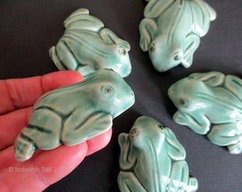 Kodok Frog Green Glazed Shaped Ceramic Tile 52mm