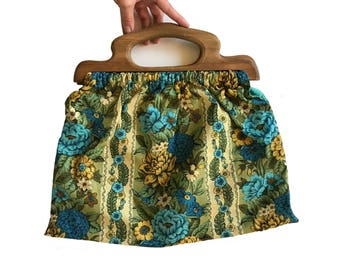 1970s Wooden Handle Purse 70s Handbag Vintage Bag  Wooden Purse Floral Handbag Floral Purse Cool Toned Bag Green and Blue Vintage Handbag