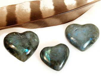 LABRADORITE Heart Stone | Labradorite Crystal Heart | Recovery Gift | Healing Crystals and Stones | Chakra Energy Crystals | Wedding Favor