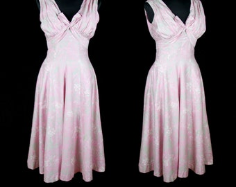 1950s Dress // Bombshell Polished Cotton Pink and Green Floral Dress