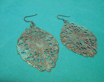 Antique finish filigreed earrings
