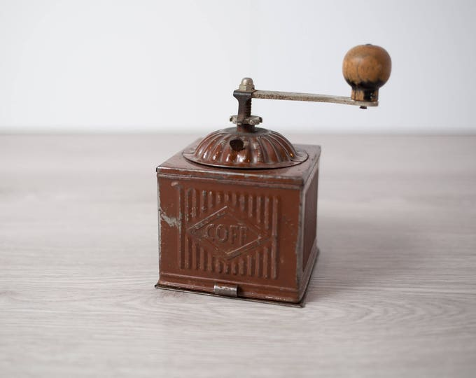Vintage Coffee Grinder / Pepper Mill Coffee Bean Tin Grinder / Brown Metal and Wood Hand Crank COFF Rustic Cottage Decor