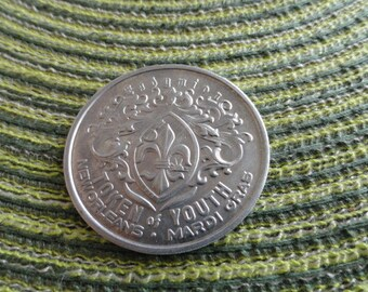 B081)  Vintage Mardi Gras Desert Storm Endymion Krewe Coin