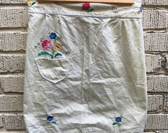 Vintage Floral Apron. Embroidered Half Apron. Yellow.