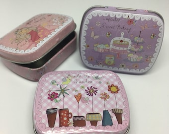 Mini Travel Metal Tin Sewing/Notions/Needle work/ storage with needle minder