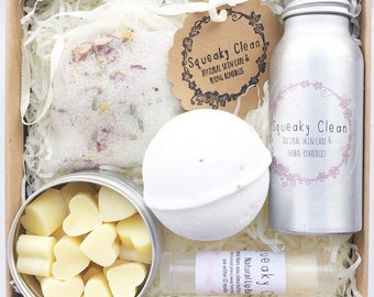 Bath Salts Gift Set, Mothers Day Gift, Bath and Beauty Gift, Bath Gifts for Her, Spa Gift Set, Trending Gift Ideas, Gift for Wife, New Mom G