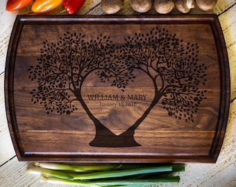 Wedding Gift, Custom Cutting Board, Personalized Cutting Board, Gifts for Mom, Anniversary, Bridal Shower Gift, Kitchen Decor #3137