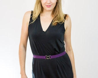 Skinny purple elastic waist belt with interlocking clasp