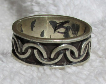 Sterling Silver Band Ring from Mexico  Size 6 1/2