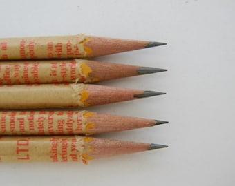 Hand wrapped pencils/ Newsprint Set/ Newspaper/ teacher's gift/ graduation Gift/ handmade/ Graphite pencil/ HB 2/ office supplies/ Gift set