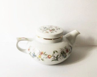 Andrea Sadek Corona Single Serve Teapot