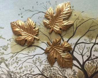 Tiny Maple Leaf (4 pc)