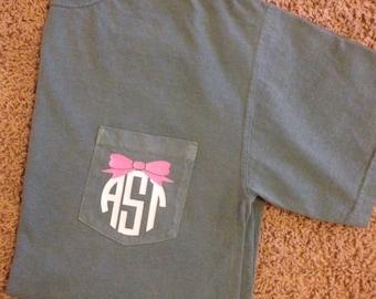 Adult Comfort Colors Short Sleeve Pocket Tshirt with Vinyl Monogram