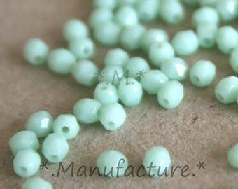 4mm (100pc) Mint green (pale) Opaque, faceted Czech glass beads set