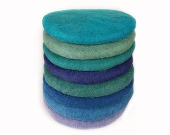 Seat cushion round felt, colourful blue