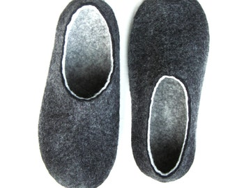Mens Charcoal Slippers - Wool Slippers - Felted Shoes - Minimalist Shoes - Rubber Soles - Autumn Gifts - Gift for Him - Fathers Day - Woolen