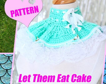 Crochet Neck Warmer Pattern and Tutorial - Easy Beginner Project - Let Them Eat Cake Ruffle Collar with Lace by Mademoiselle Mermaid