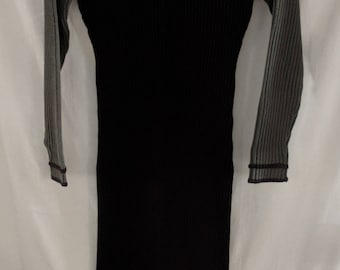 SWEATER DRESS by designer, Carol Little sz M Aubergine Maroon Raisin with Gray Taupe Sleeves Stripes Chunky Ribbed Sweater Knit