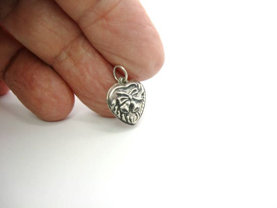 Vintage Sterling Silver Puffy Heart Charm. Embossed Sterling Silver Retro Bow & Wedding  Bells Pendant