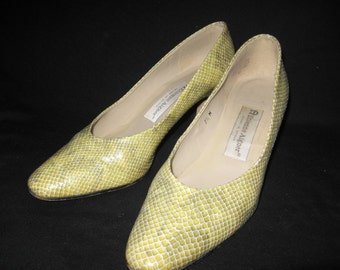 Etienne Aigner Yellow And Grey Snakeskin Shoes/Vintage Etienne Aigner Shoes