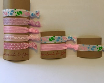 Set of 1,2, or 5 its a girl baby shower elastic hair ties, its a girl, baby shower gift, hair tie set, party favors