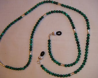 Eye Glass Lanyard made of Malachite Beads and Silver Pewter Accents