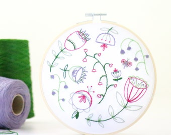 Folk Blossom Embroidery Kit - Embroidery Design - Floral Embroidery - Hand Embroidery - Hoop Art - DIY Kit - Modern Embroidery