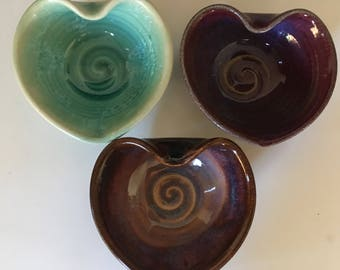 Pottery Heart Dishes, Set of 3 Hearts Bowls, Kitchen prep Heart Shape Bowls. Jewelry Dish Multi Colored.