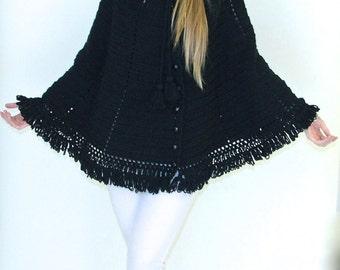 1960s Black Wool Knit Capelet w/ Fringe