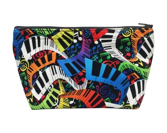 Music Notes Print Go Bag // Makeup Bag // Cosmetic Organizer // Travel Organizer // Toiletry Organizer // Ready To Ship